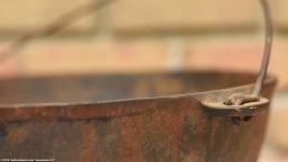 Closeup Of Rim On Unrestored Wagner Sidney O Scotch Bowl Size 5