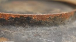 Closeup Of Unrestored Heat Ring On Wagner Sidney O Scotch Bowl Size 5