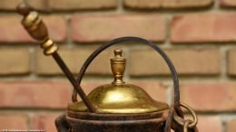Unrestored Cape Codder With Brass Top & Wand